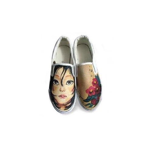 绘宝 原创手绘鞋 个性涂鸦帆布鞋 冷漠的表情 s-dw8422