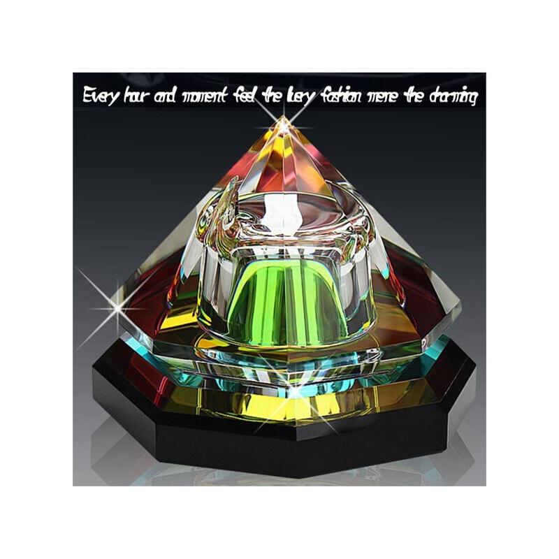高档 新款水晶 八面金字塔汽车香水座 车载香水 车用香水摆件 饰品