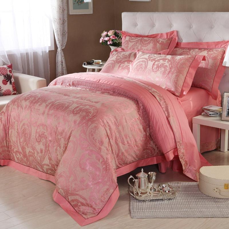 高雅温馨的欧式床上用品图片
